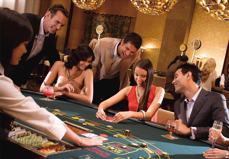 Earn Those Clay Poker Chips - Exactly How to Obtain Excellent at Poker