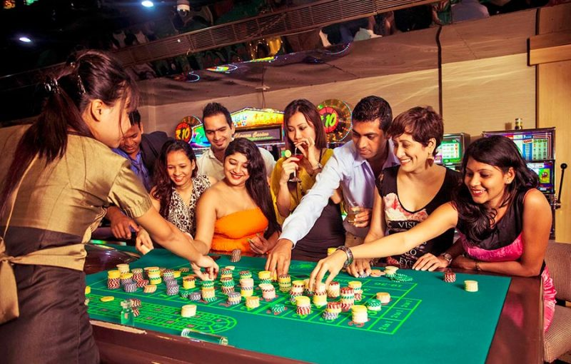 Online Casino Games - Play On The Slots Of Vegas For Real Money